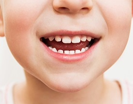 Child with healthy teeth